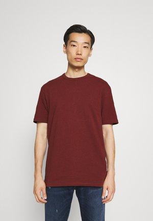 BOXY - Basic T-shirt - orange