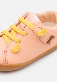 Camper - PEU CAMI - Touch-strap shoes - light/pastel pink - 5