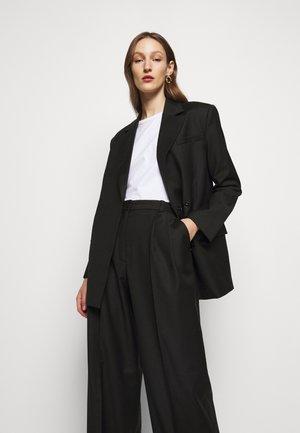 CHARLOTTE  - Krátký kabát - black