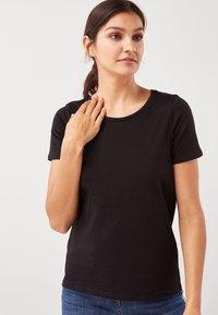 Next - Basic T-shirt - black - 0