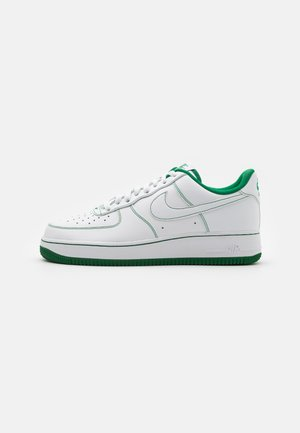 AIR FORCE 1 STITCH - Matalavartiset tennarit - white/pine green