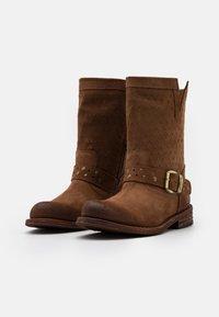 Felmini Wide Fit - GREDO - Cowboy/biker ankle boot - marvin brown - 2