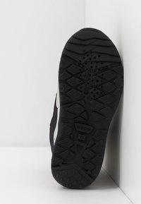 Geox - SENTIERO BOY WPF - Winter boots - black/red - 5