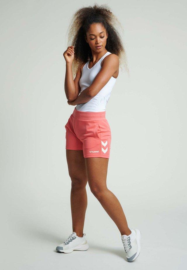 Sports shorts - sugar coral