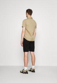 Schott - VICTORY - Shirt - army beige - 2