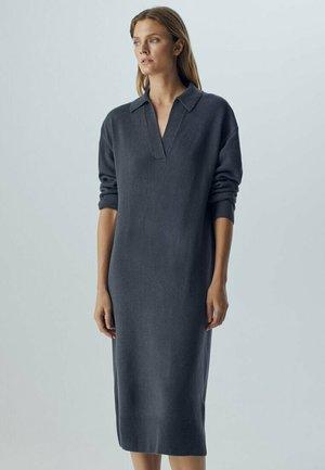 MIDIKLEID  - Shirt dress - grey
