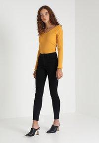 Vero Moda - VMSOPHIA - Jeans Skinny - black - 2