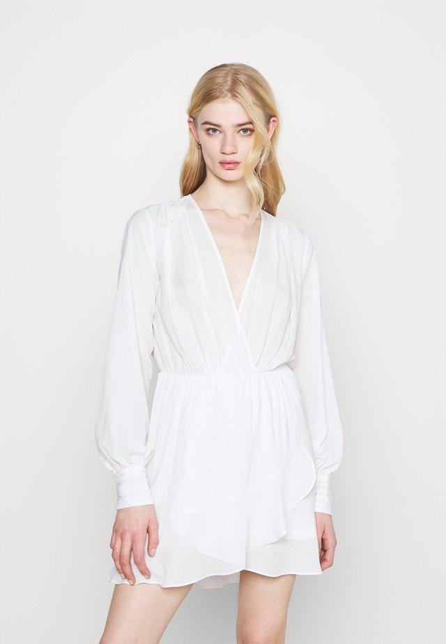 FLOUNCE AROUND DRESS - Vestito estivo - white