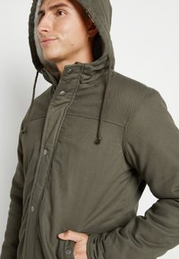 Only & Sons - ONSALEX TEDDY - Parka - olive night - 6