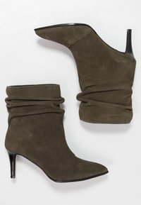Paco Gil - CLAIRE - Classic ankle boots - dehesa - 3