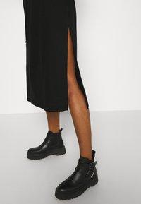 Diesel - D-FLIX-C DRESS - Jersey dress - black - 3