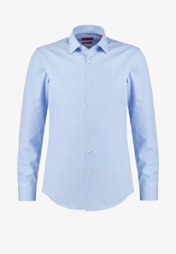 JENNO SLIM FIT - Camicia - light/pastel blue