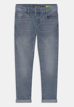 ROOKLYN - Slim fit jeans - light blue denim