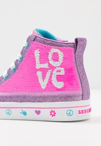 Skechers - FLIP-KICKS LOVE REVERSIBLE SEQUINS - High-top trainers - lavender durasatin/multicolor sparkle - 5