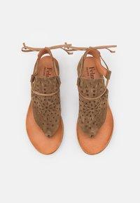 Felmini - CAROLINA  - T-bar sandals - marvin stone - 5