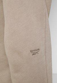 Reebok Classic - PANT - Pantaloni sportivi - trek grey - 4