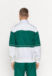 Lacoste Sport - TRACK SUIT - Verryttelypuku - bottle green/white - 2