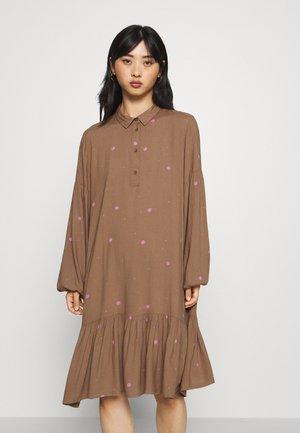 IHFIO - Day dress - caribou