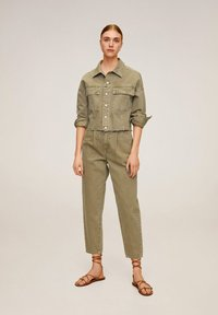 Mango - REGINA - Straight leg jeans - khaki - 1