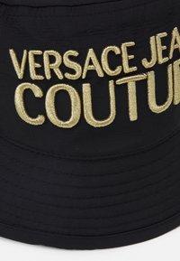 Versace Jeans Couture - Chapeau - black - 3