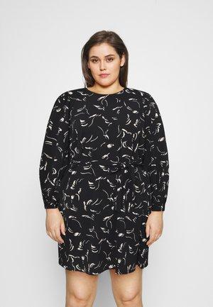 VMODEA NELLIE SHORT DRESS - Denní šaty - black/odea birch