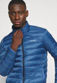 Calvin Klein - LIGHT LINER - Down jacket - blue - 3