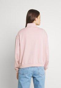 Nike Sportswear - FEMME - Sweater - pink oxford/metallic gold - 2