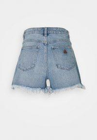 Abrand Jeans - A VENICE - Denim shorts - april - 6