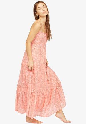 WRANGLER PRAIRIE DAYS  - Maxi dress - vintage rose