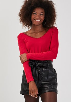 Long sleeved top - rouge