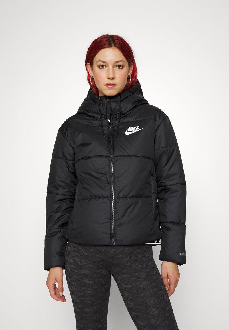 Nike Sportswear - CLASSIC TAPE - Light jacket - black/white