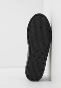 Zign - Sneakersy niskie - black - 4