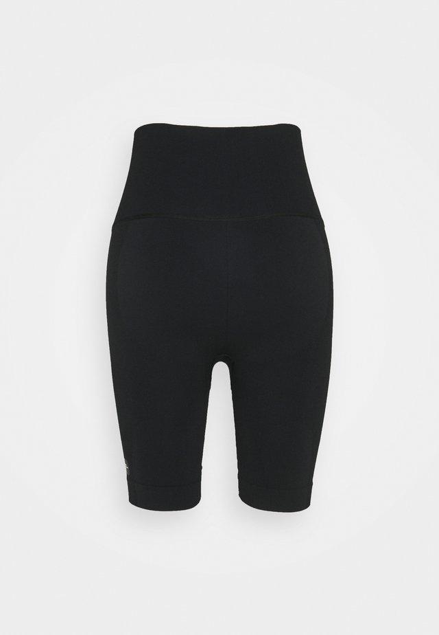 SCULPT  - Shorts - black
