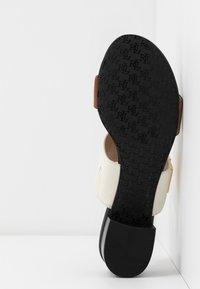 Lauren Ralph Lauren - Pantofle - beige/brown - 6
