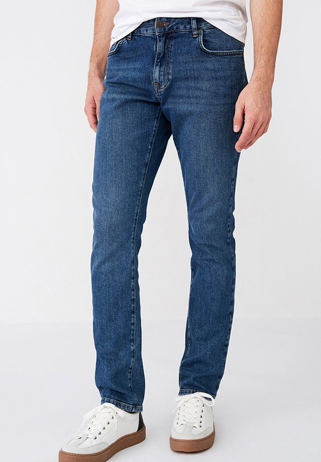 RAY  - Jeans a sigaretta - medium blue denim
