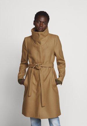 CAVERS - Classic coat - camel
