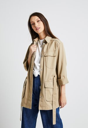 CHISEL A LINE FIELD JACKET - Short coat - sahara