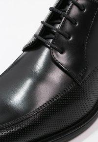 Lloyd - DAGGET - Elegantní šněrovací boty - schwarz - 5