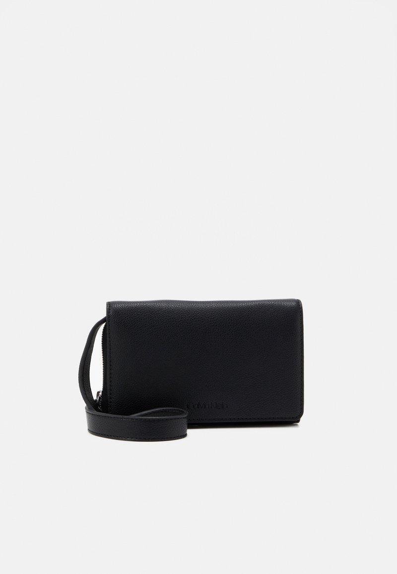 Calvin Klein - Across body bag - black