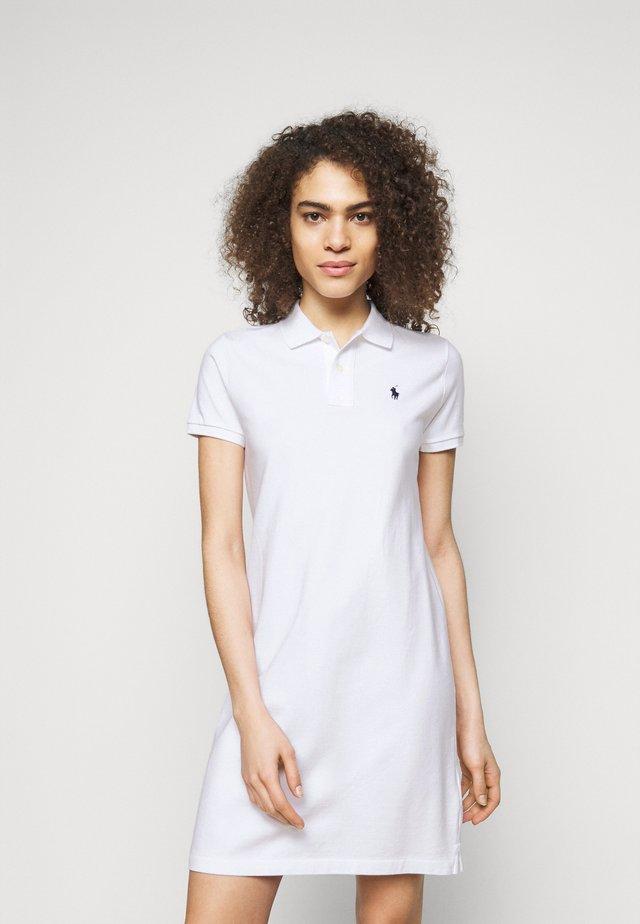 BASIC - Robe d'été - white