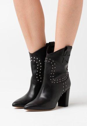 HUGO STUD BOOT - Cowboy/biker ankle boot - black