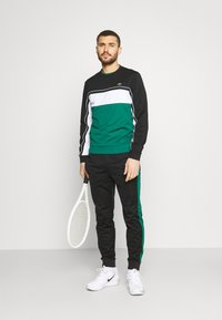 Lacoste Sport - TENNIS - Sweatshirt - black/bottle green/white - 1
