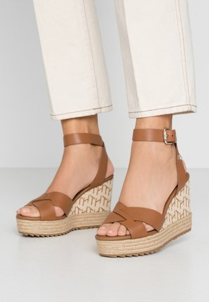 TH RAFFIA HIGH WEDGE SANDAL - High heeled sandals - summer cognac