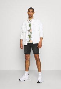Only & Sons - ONSPLY LIFE - Denim shorts - black denim - 1