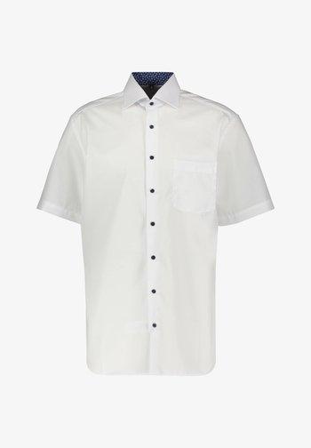 MODERN FIT - Shirt - weiss (10)