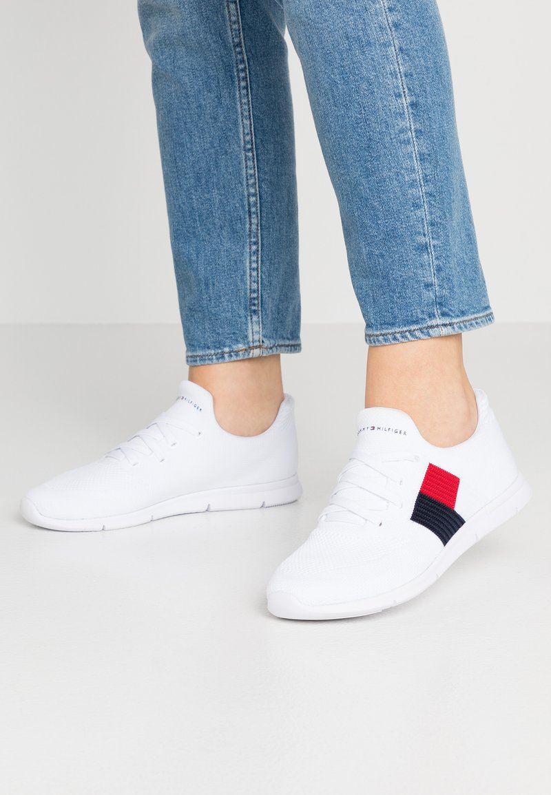 Tommy Hilfiger - FLAG LIGHT  - Trainers - white