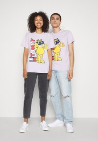 Tommy Jeans - ABO TJU X GARFIELD TEE UNISEX - T-Shirt print - lilac dawn - 3