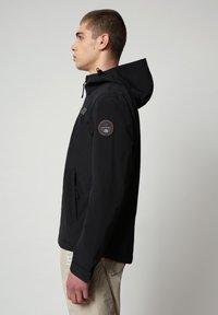 Napapijri - SHELTER HOOD - Light jacket - black - 3