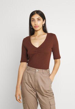 VIFELIA - T-shirt basique - chocolate fondant