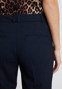 s.Oliver BLACK LABEL - LANG - Trousers - true blue - 5
